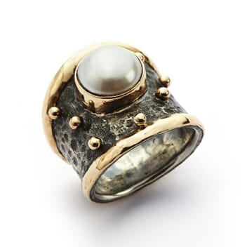 Empire Gold Pearl ring